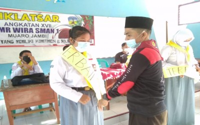 Palang Merah Remaja (PMR) Wira SMAN 1 Muaro Jambi  Adakan Diklat Bagi Anggota Baru